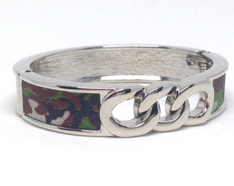 Striking Camouflage Silver Tone Estate Clamper Bracelet