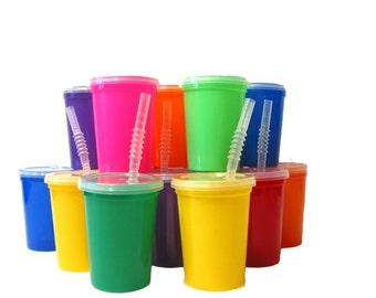 Variations of Mix and Solids  8 Small 12 Ounce Plastic Drinking Glasses with Lids and Straws.  Decorate for Birthdays-