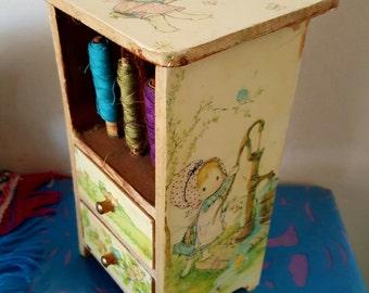 Sewing Kit wood years vintage 70's