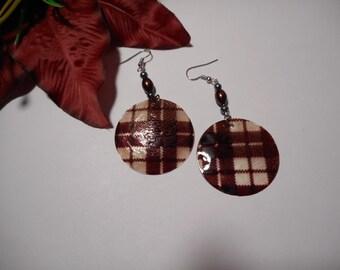 Beautiful Chocolate Plaid Design Glass Pearl Shell Wafer Earrings