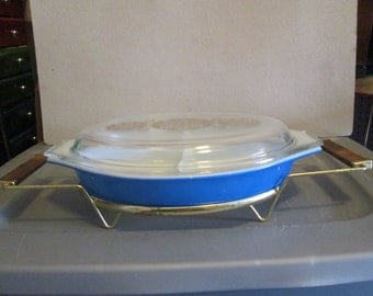 Vintage Pyrex Divided Dish with Lid and Cradle