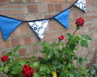 Vintage style navy blue and white floral bunting   China   Tea Party   12 flags   wedding   baby   nursery   kids room   country cottage