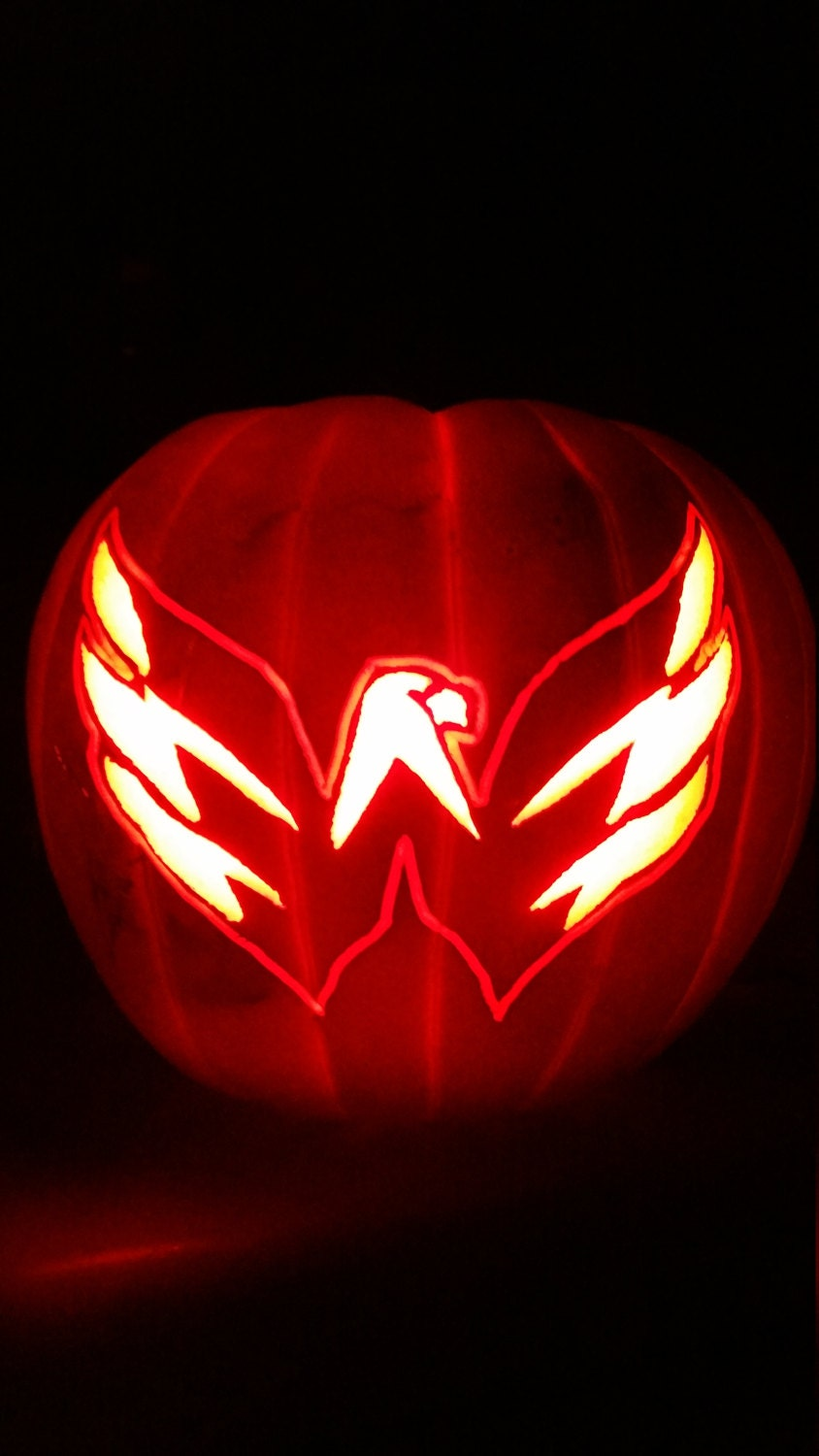 Nhl washington capitals logo hand carved fake pumpkin