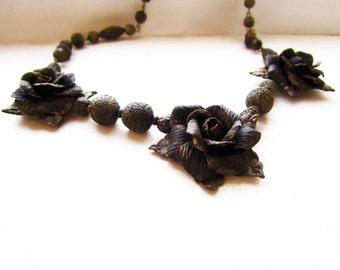 Beaded necklace «Bronze luxury»