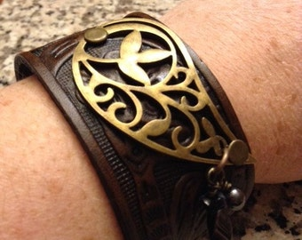 Paisley Leather Cuff; Leather Bracelet; Leather Wristband;