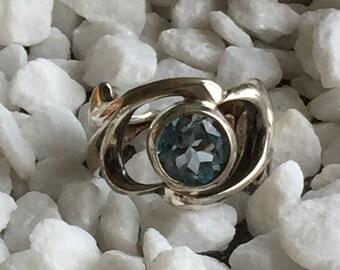 Arabesque Ring Blue Topaz