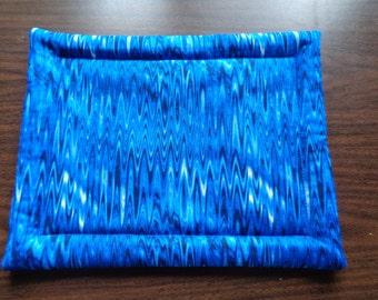 Dark Blue Wave Hot Mat