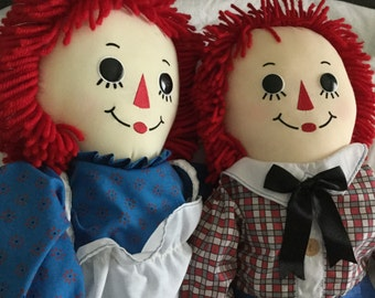 Like New Raggedy Ann and Andy Set of Dolls