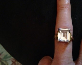Blue Topaz Yellow Gold Ring size 6