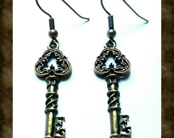 SALE 50% OFF - Handmade Antique Bronze Key Earrings