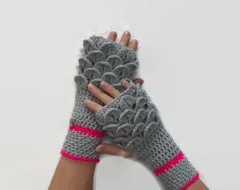 The 'Mother of Dragons' Fingerless Gloves