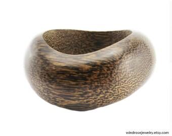 Vintage Black Palm Wood Bracelet, Carved Wood Bangle Bracelet, Chunky Wood Bangle Bracelet, Black Palm Wood Bangle Bracelet