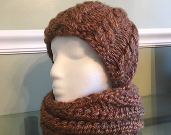 Hand knit hat and cowl set