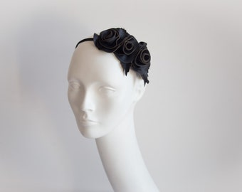 Frida black ornament