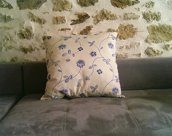 Large pillow with flowers