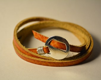 Mens leather bracelet tan