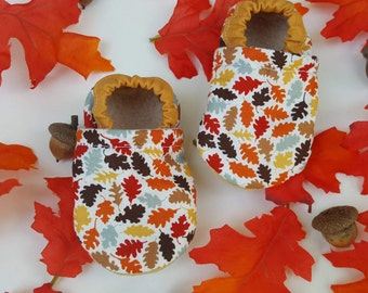 Autumn, fall, leaves, Moccasins, baby crib shoes, soft sole