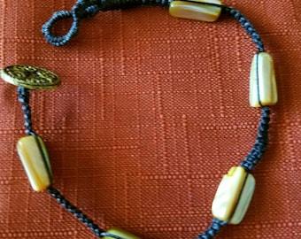 Shell Macrame Button Bracelet