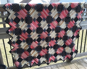 Traditional Pineapple Pattern Quilt