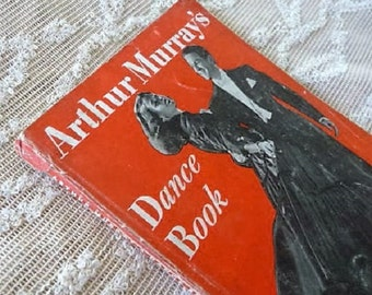 Shall We Dance ?   .........   Old Arthur Murray Paperback Dance Instruction Book .. Learn to Dance