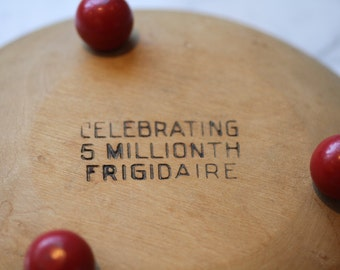 Wood bowl Frigidaire Give Away Premium