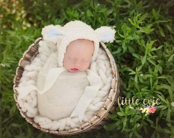 Newborn little lamb bonnet, newborn lamb hat, baby lamb hat, newborn photo prop - RTS
