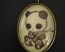 Necklace more Medallion 'panda'