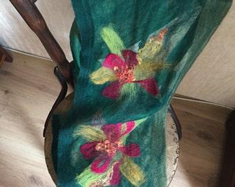 Teqa, handwoven wool scarf