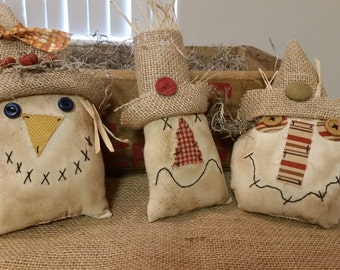 primitive scarecrow ornies, scarecrow tucks,scarecrow ornaments, OFG, FAAP, prim Fall decor, Fall bowl fillers, scarecrow bowl fillers