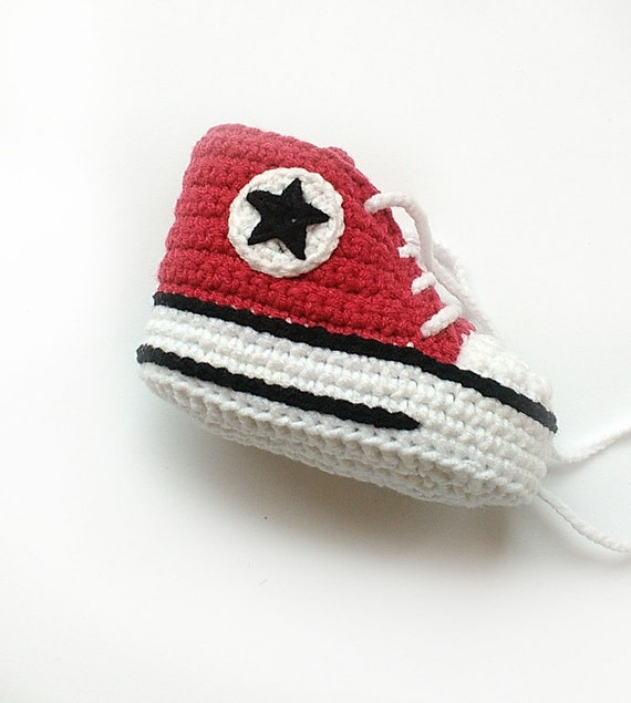 Red crochet shoes Crochet Converse shoes Crochet baby shoes