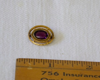 Antique Victorian Gold Brooch with Amethyst Stone