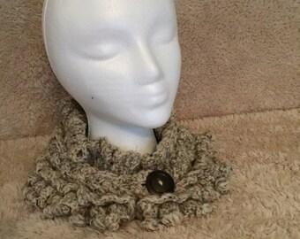 Ruffled wool neck warmer