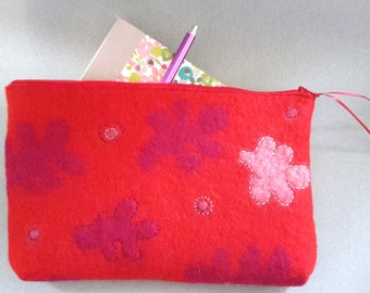 Red zip purse handfelted, handmade felt wallet, red purse with zip, embroidered purse, felt purse, gift for her, mother's day gift