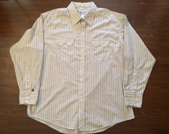 XL vintage Rockmount Ranch Wear Tru-West pearl button cowboy buttonup shirt made in the U.S.A. white striped