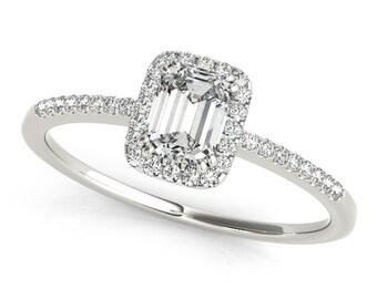 Stunning Emerald Cut Engagement Ring