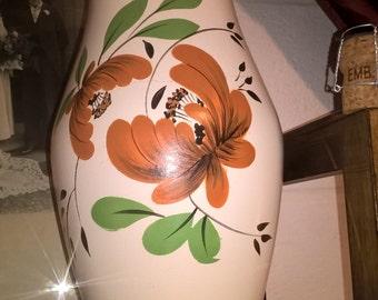 Brentleigh Ware vase