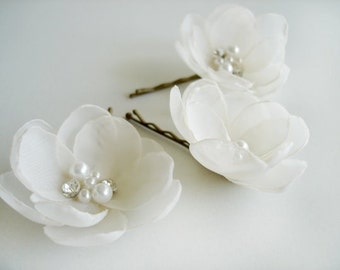 Wedding  Hair Accessories, White Ivory Wedding Flower Hair Pins, Bridal Headpiece, Bobby Pins, Bridal Flower Hair Clip