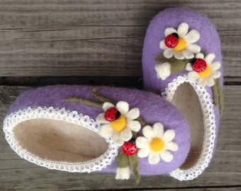 Felted child slippers strawberries For babies Gift Ecological shoes
