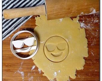 Cookie Cutter Emoticone Emoji Smiley glasses