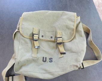 Vintage WWII, World War 2, U.S. Army Satchel