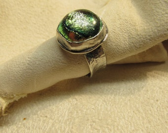 Dichroic glass. RING Size  7 1/2