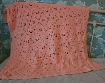 lovely soft pink blanket with butterflies (crochet)