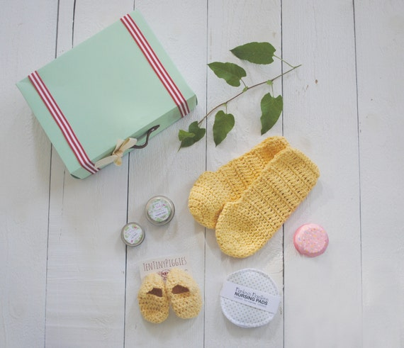 Mother And Baby Gift Box : Items similar to mommy and baby gift set new mother