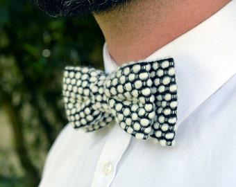 "Bowtie ""La Studieuse"" - bowtie wool black & white, BowTie motifs peas, BowTie wedding, bow tie man"