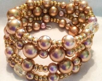 Gold pearl wire bracelet