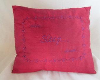 Silk Sleep Cushion with Relaxing Herbs