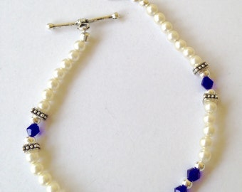 Vintage Pearl Cobalt Blue Beaded Bracelet