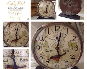 Vintage Clock Westclox Early Bird Animated Alarm Clock Little Red Robin Rising Sun Clockworks