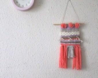 Wall hanging Pink Pom Pom