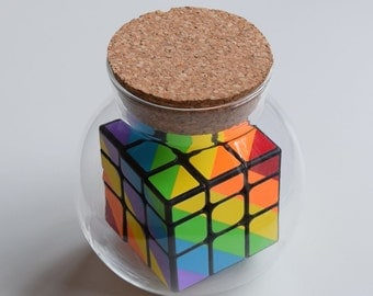 Impossible puzzle - Rainbow Rubik's Cube in a jar!